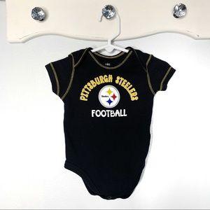 Newborn Baby Pittsburgh Steelers Onesie Size 3/6m